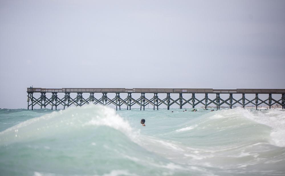 summer dip surf art